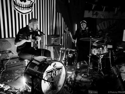Bad Bonn: Reverend Beat-Man & Izobel Garcia, ​The Glücks